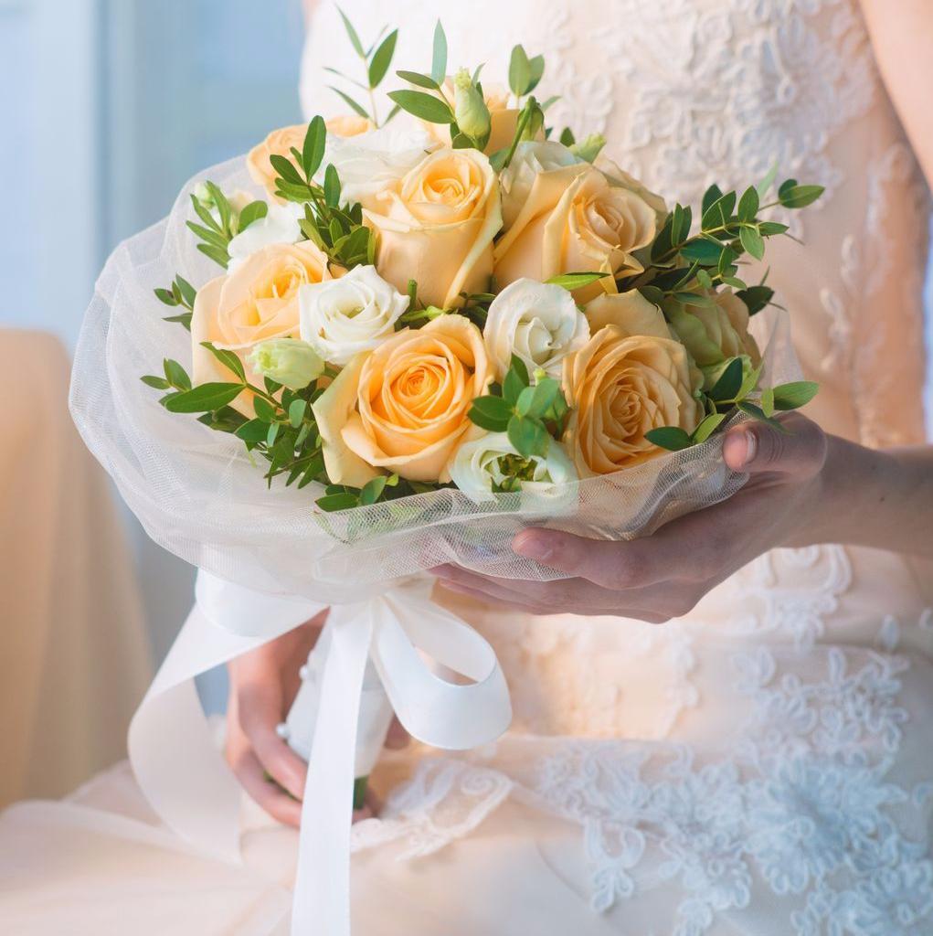 Заказать букетик для невесты, цветов заказать какие